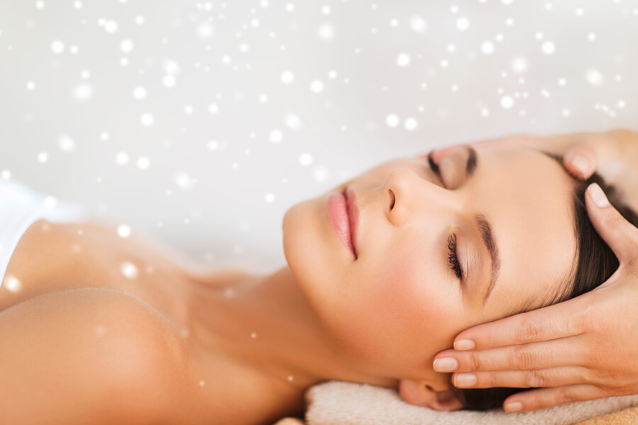 Facial reflexology relaxing and rejuvenating benefits